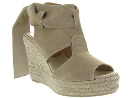 CONCHISA FAUSTA<br>Beige