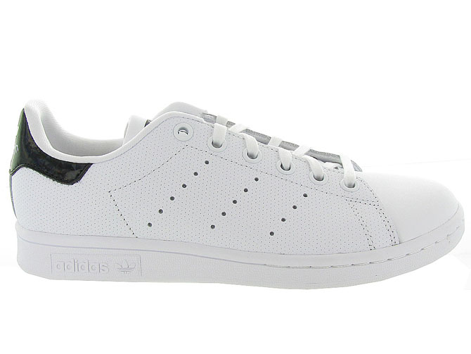Adidas baskets et sneakers stan smith perfore noir4365102_2